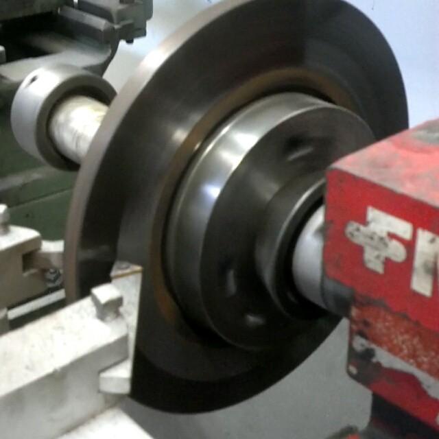 Cutting a warped rotor