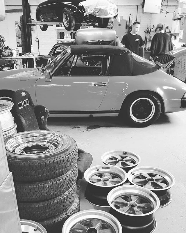 Lots of Porsche in the shop at the moment